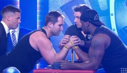arm-wrestle-1