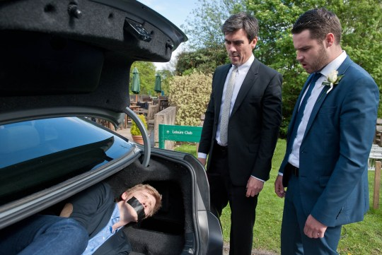 FROM ITV STRICT EMBARGO - No Use Before Sunday 21 June 2015 Emmerdale - Ep 7218 Thursday 25 June 2015  Cain has Robert just where he needs him but how will Aaron react? Picture contact: david.crook@itv.com on 0161 952 6214 Photographer - Amy Brammall This photograph is (C) ITV Plc and can only be reproduced for editorial purposes directly in connection with the programme or event mentioned above, or ITV plc. Once made available by ITV plc Picture Desk, this photograph can be reproduced once only up until the transmission [TX] date and no reproduction fee will be charged. Any subsequent usage may incur a fee. This photograph must not be manipulated [excluding basic cropping] in a manner which alters the visual appearance of the person photographed deemed detrimental or inappropriate by ITV plc Picture Desk. This photograph must not be syndicated to any other company, publication or website, or permanently archived, without the express written permission of ITV Plc Picture Desk. Full Terms and conditions are available on the website www.itvpictures.com