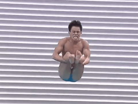 Filipino diving pair become internet sensations after hilarious dive fails