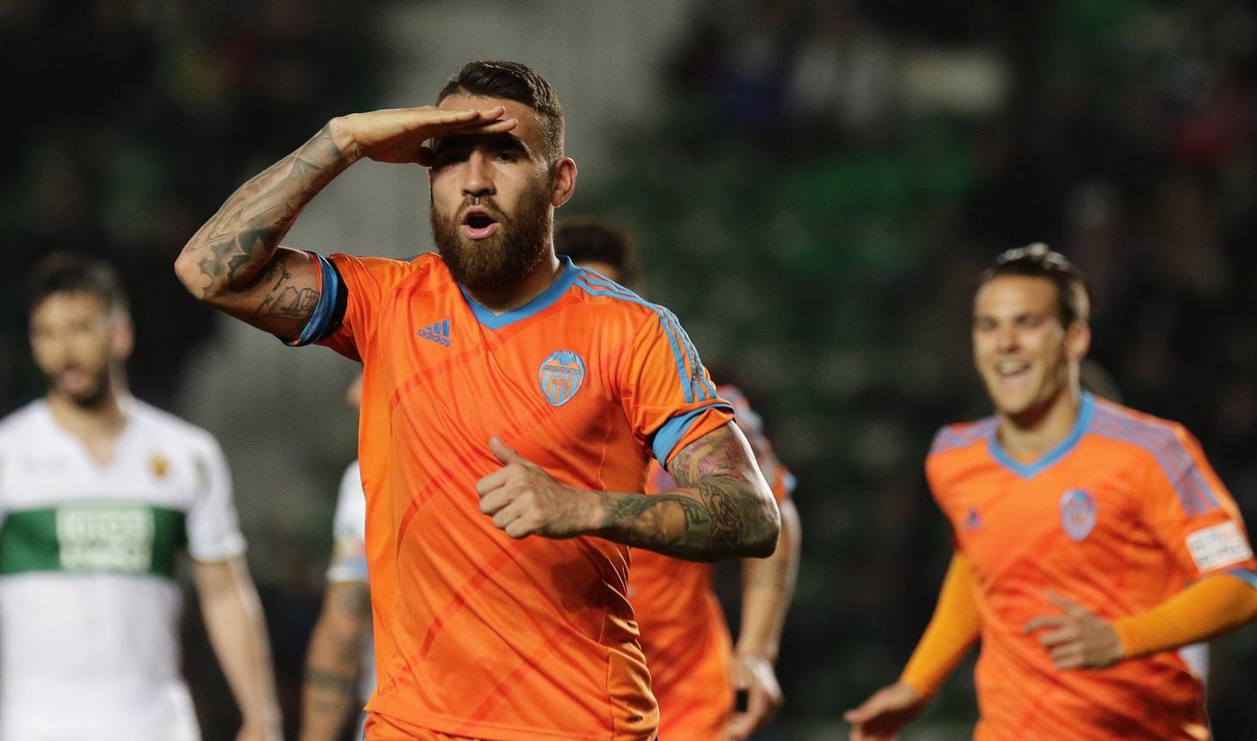 Manchester City 'ready to battle Manchester United for transfer of Valencia's Nicolas Otamendi'