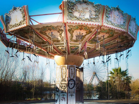 How creepy are these abandoned theme parks?