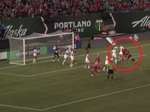 Goalkeeper Michelle Betos scores stunning stoppage-time diving header to rescue Portland Thorns a point from game with FC Kansas City