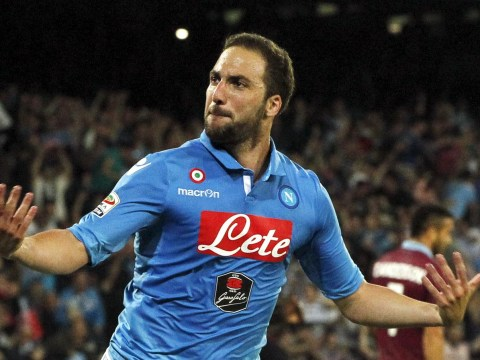 Arsenal 'told to pay £72.4m for Argentina and Napoli striker Gonzalo Higuain'
