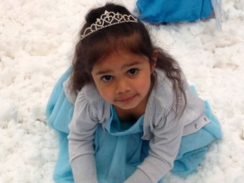 3-year-old Aboriginal girl left in tears after woman tells her 'Queen Elsa isn't black' and 'black is ugly'