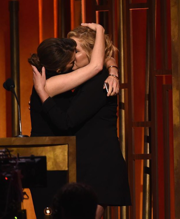 Tina Fey and Amy Schumer properly made out at the Peabody Awards