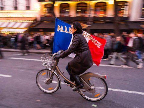 Cyclists in Paris can now jump red lights – should the UK follow suit?