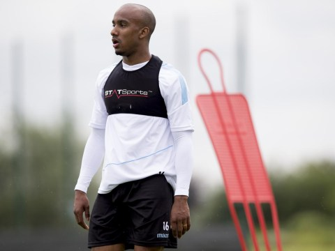 Fabian Delph will remain at Aston Villa and won't complete a transfer to Manchester City