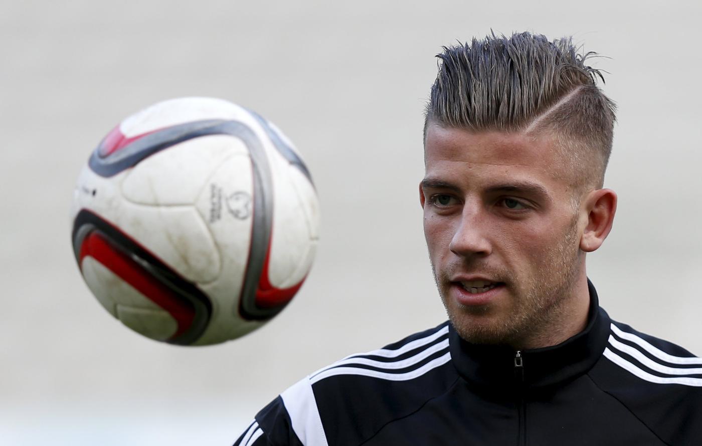 Atletico Madrid's Toby Alderweireld set to complete £9.2million transfer to Tottenham Hotspur