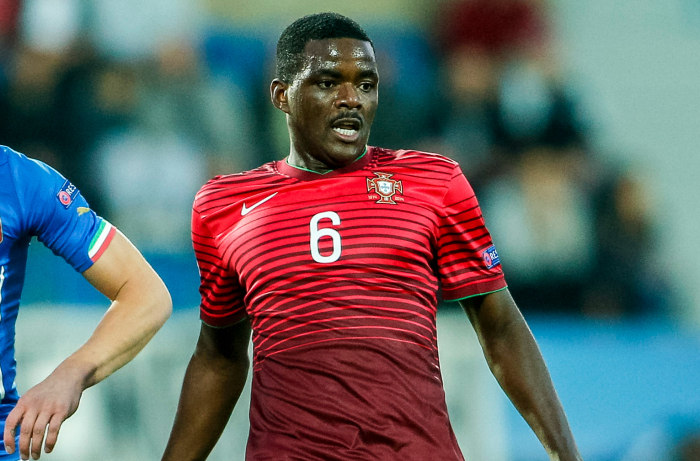 Arsenal 'to beat Manchester United to William Carvalho transfer'