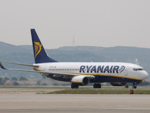 Ryanair's trying to stop French air traffic controllers from ruining our holidays with strikes