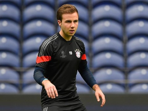 Manchester United 'battling to complete Mario Gotze transfer'
