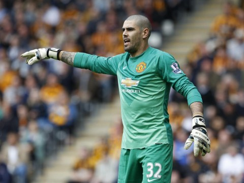 Is Manchester United manager Louis van Gaal right to bin Victor Valdes in this transfer window?