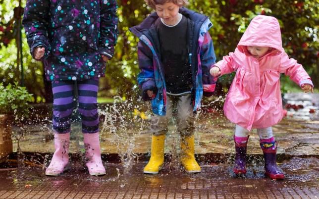 jumping puddles Carol Yepes/Carol Yepes