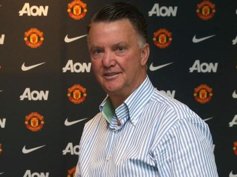 Manchester United transfer news: Morgan Schneiderlin signs, Bastian Schweinsteiger medical, Thomas Muller and Edinson Cavani wanted