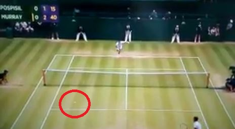 Andy Murray forgets how to play tennis during Vasek Pospisil quarter-final at Wimbledon 2015