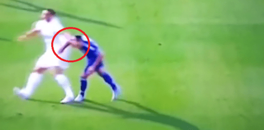 Bang! Ibrahimovic leaves his elbow in on Terry (Picture: Vine)