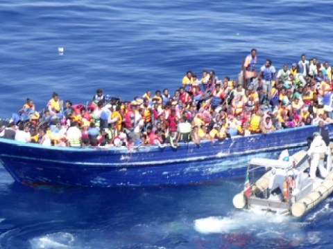 Italian coast guard rescues a record breaking 4,400 migrants in a single day