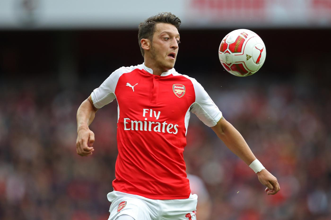 Arsenal's Mesut Ozil in action Paul Hackett/Reuters