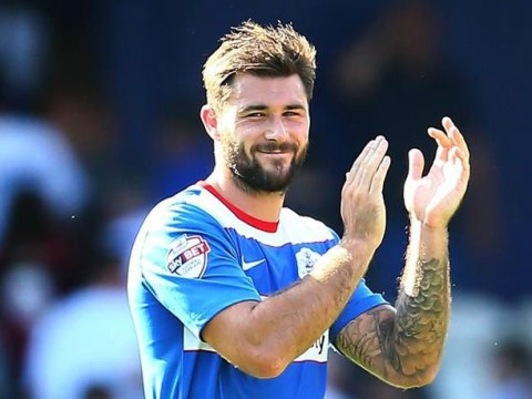 Crystal Palace set to meet £15m price tag to seal Charlie Austin transfer