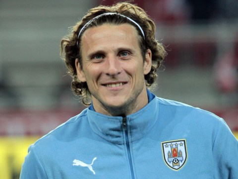 Pedro may regret choosing Chelsea transfer over 'big club' Manchester United, says Diego Forlan