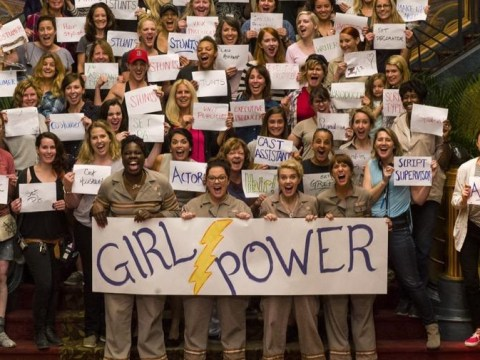 Melissa McCarthy tweets girl power pic with the women of the Ghostbusters reboot