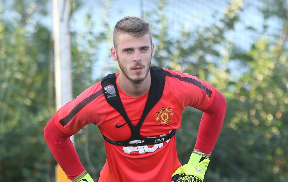 Real Madrid target David De Gea is out of order if he's lost focus at Manchester United, says Paul Scholes