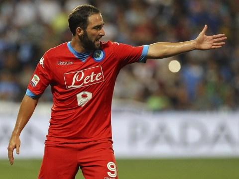 Why Arsenal should consider a late transfer bid for Napoli striker Gonzalo Higuain