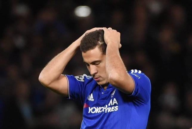 epa04933762 Chelsea's Eden Hazard reacts after missing a penalty against Maccabi Tel Aviv during the UEFA Champions League Group G match between Chelsea and Maccabi Tel-Aviv at Stamford Bridge in London, Britain, 16 September 2015. EPA/FACUNDO ARRIZABALAGA