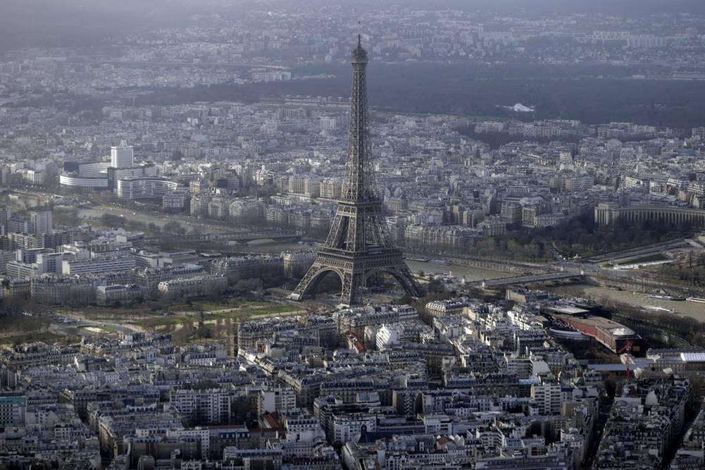 Eiffel Tower evacuated due to terror threat
