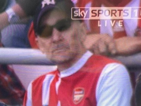 Fan spotted wearing horrific half Arsenal half Sunderland shirt at Stadium of Light