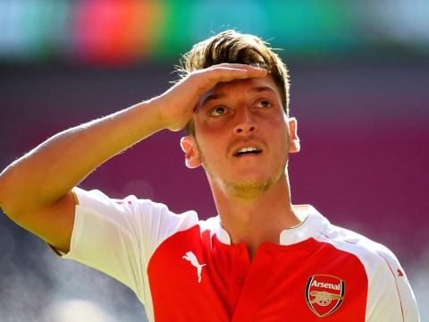 Arsenal's Mesut Ozil aiming to beat Cristiano Ronaldo and Lionel Messi to win Ballon d'Or