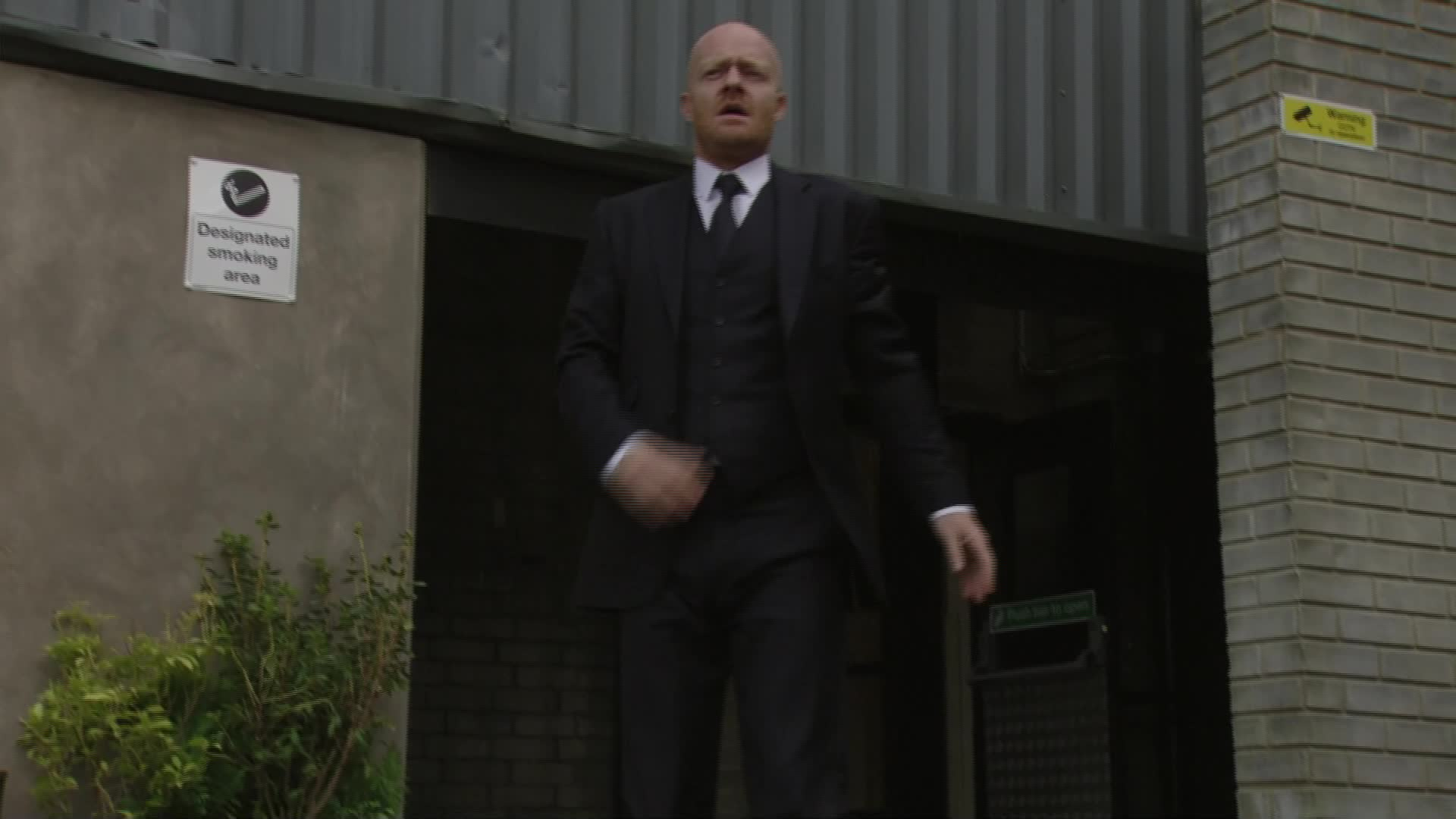 EastEnders: Guilty Max Branning ESCAPES from court but what happens next?