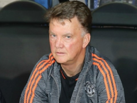 Manchester United players confronted Louis van Gaal over rigid training methods – report