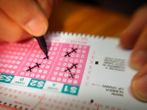 209 lottery winners have to split £6.3m between them