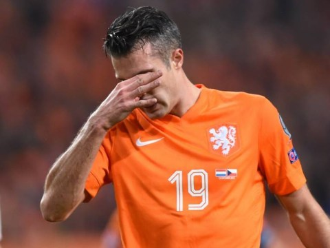 Barcelona in talks with ex-Arsenal and Manchester United star Robin van Persie – report