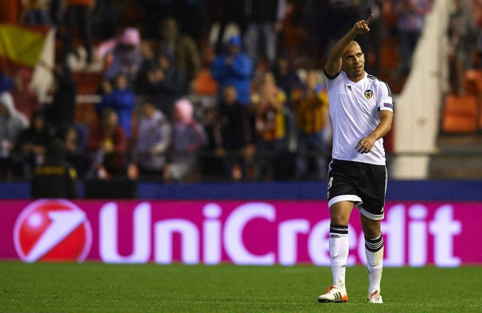 Manchester United eyeing Bosman transfer move for Sofiane Feghouli – report