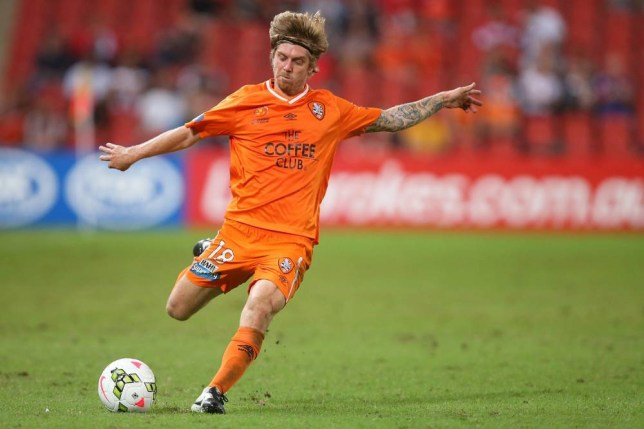 BRISBANE, AUSTRALIA - APRIL 15: Luke Brattan of the Roar kicks during the round 18 A-League match between the Brisbane Roar and Melbourne Victory at Suncorp Stadium on April 15, 2015 in Brisbane, Australia. (Photo by Chris Hyde/Getty Images)