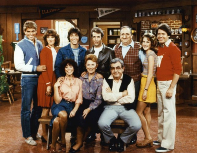No Merchandising. Editorial Use Only. No Book Cover Usage Mandatory Credit: Photo by Everett/REX Shutterstock (566162e) Happy Days - Back Row (left to right) Ted McGinley, Lynda Goodfriend, Scott Baio, Henry Winkler, Al Molinaro, Cathy Silvers, Anson Williams, Front Row (left to right) Erin Moran, Marion Ross, Tom Bosley 'Happy Days' TV Programme