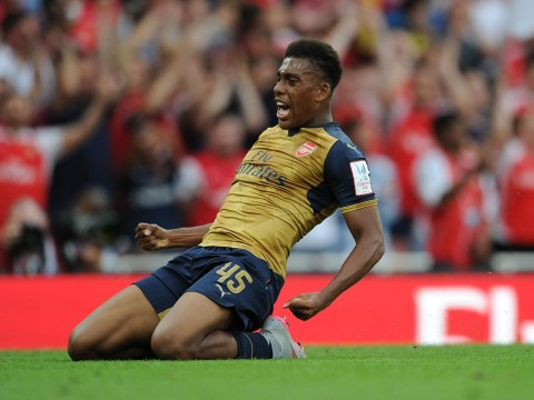 Alex Iwobi signs new long-term contract with Arsenal