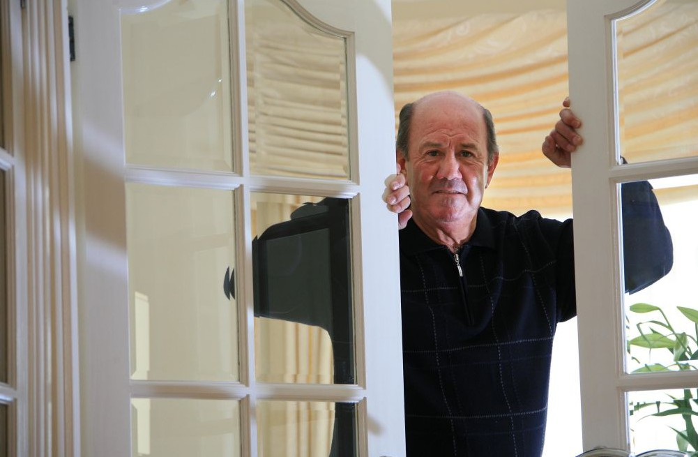 Mandatory Credit: Photo by John Lawrence/REX Shutterstock (941573b) Howard Kendall Howard Kendall at home in Formby, Liverpool, Britain - 28 May 2009