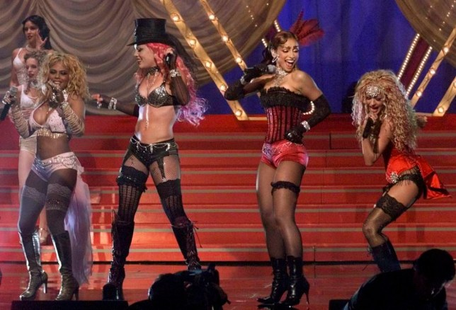 """LADY MARMALADE PERFORMED AT MTV MOVIE AWARDS IN LOS ANGELES... Signers (L-R) Lili'Kim, Pink, Mya and Christina Aguilera sing """"Lady Marmalade"""" from the soundtrack of the film """"Moulin Rouge"""" at the the 2001 MTV Movie Awards in Los Angeles June 2, 2001. The awards show will be telecast June 7 in the United States. Aguilera and fellow singers Lil' Kim, Pink and Mya are also featured in the songs music video REUTERS/Fred Prouser...E...ENT PRO...LOS ANGELES...CA...USA"""