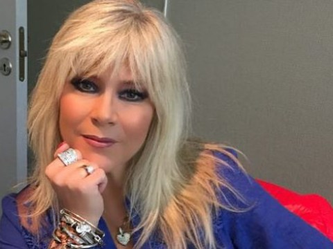 '80s glamour girl Samantha Fox booted off flight for 'diva behaviour'