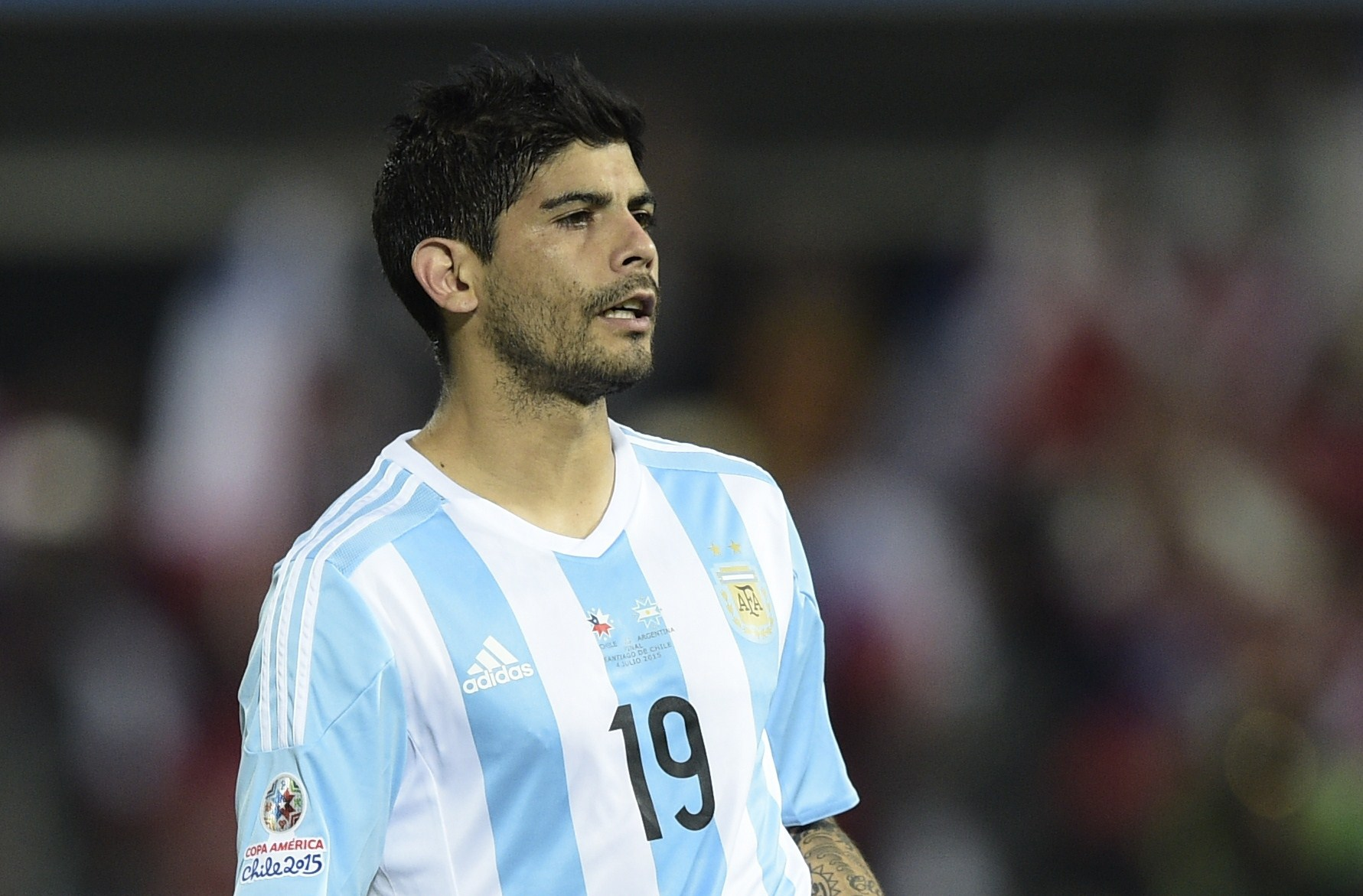 Report: Everton want Sevilla midfielder Ever Banega on free transfer in summer