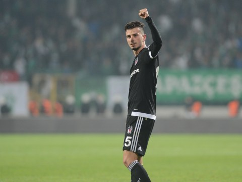 Manchester United show interest in transfer of Besiktas midfielder Oguzhan Ozyakup – report