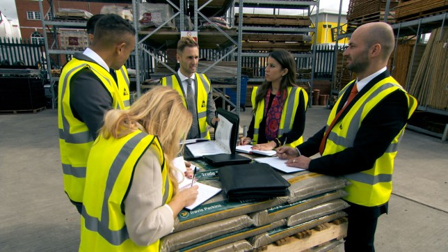 WARNING: Embargoed for publication until 00:00:01 on 11/11/2015 - Programme Name: The Apprentice 2015 - TX: 11/11/2015 - Episode: The Apprentice 2015 (No. Ep 6) - Picture Shows: **STRICTLY EMBARGOED UNTIL 00:01HRS, WEDNESDAY 11TH NOVEMBER, 2015** Team Connexus discuss the task, Selina Waterman-Smith, Scott Saunders, Gary Poulton, Sam Curry, Vana Koutsomitis, Brett Butler-Smythe - (C) Boundless - Photographer: Screen Grab