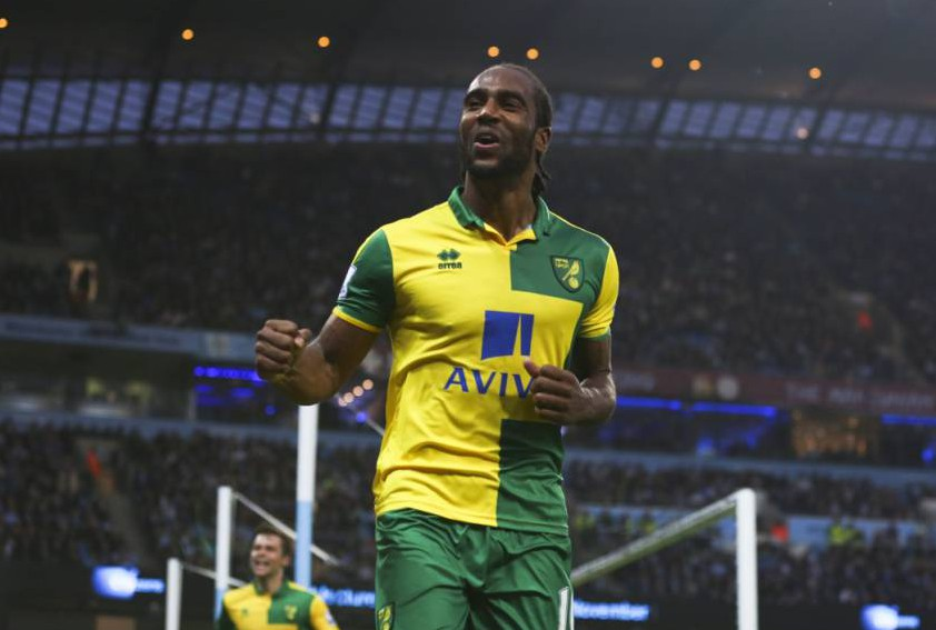 Editorial use only. No merchandising. For Football images FA and Premier League restrictions apply inc. no internet/mobile usage without FAPL license - for details contact Football Dataco Mandatory Credit: Photo by Matt McNulty/JMP/REX Shutterstock (5333636av) Cameron Jerome of Norwich City celebrates after scoring the equalising goal to make it 1-1 Manchester City v Norwich City, Great Britain - 31 Oct 2015
