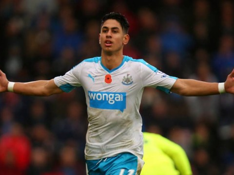 Will Manchester United make a transfer bid for Newcastle United's Ayoze Perez in January?