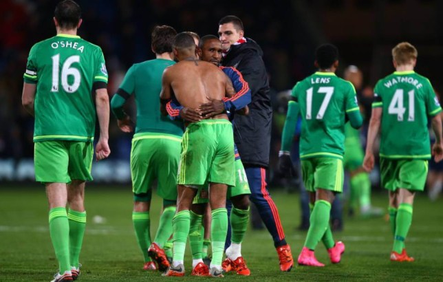 LONDON, ENGLAND - NOVEMBER 23: Sunderland teammates Yann M'Vila and Jermain Defoe celebrate following their team's 1-0 victory during the Barclays Premier League match between Crystal Palace and Sunderland at Selhurst Park on November 23, 2015 in London, England. (Photo by Clive Rose/Getty Images)