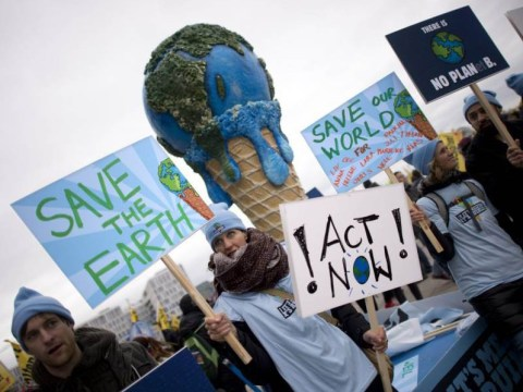 World's richest 10 per cent responsible for half of all fossil fuel emissions, report finds