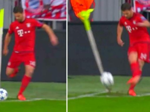 Xabi Alonso takes the worst corner of all-time during Bayern Munich v Arsenal
